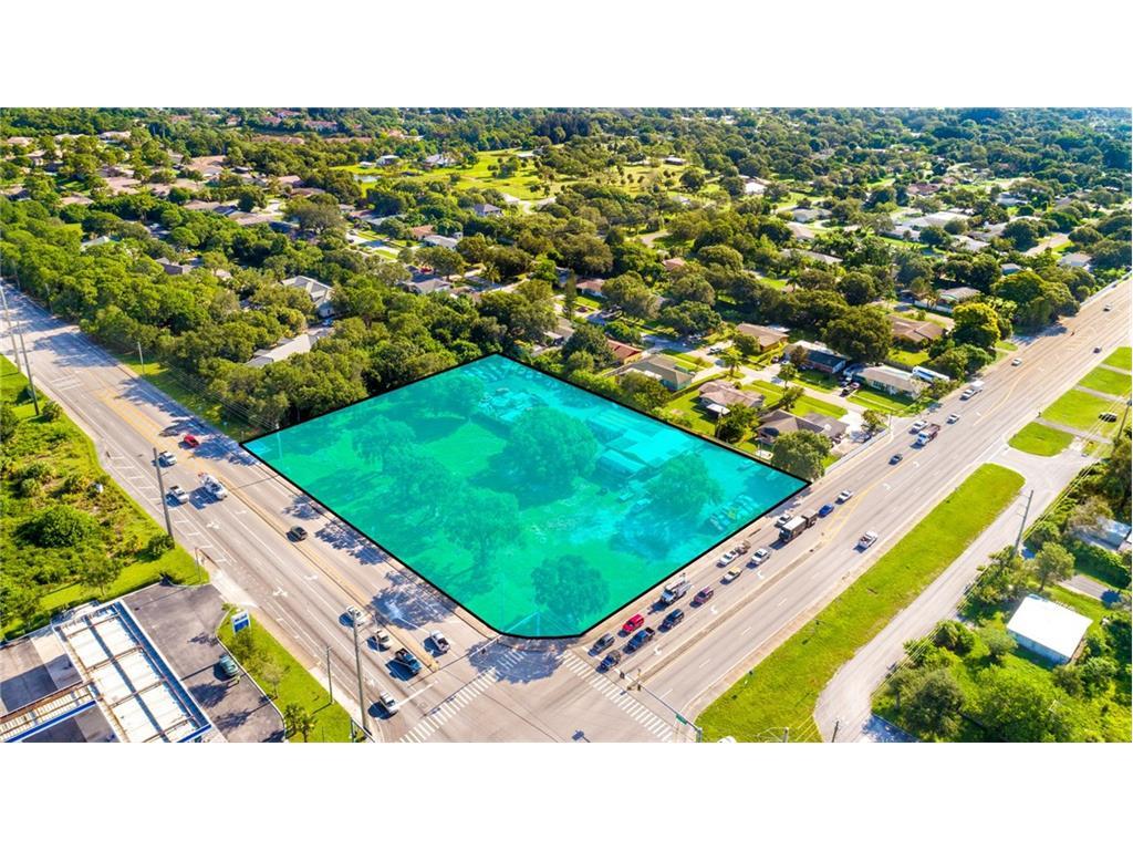 2498 Edwards Road, Fort Pierce, FL 34982