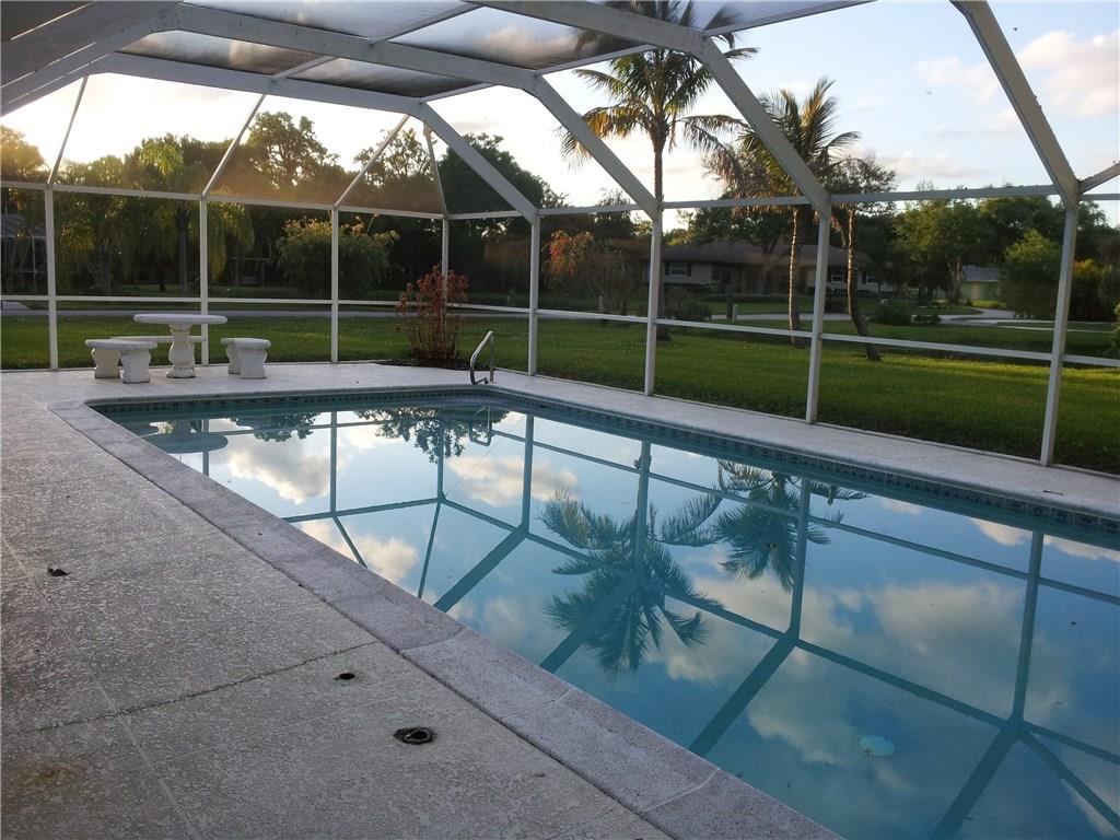 4865 10th Street, Vero Beach, FL 32966