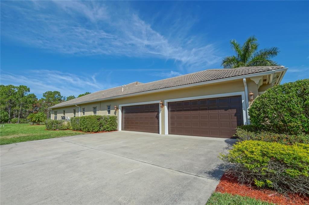 7908 Saddlebrook Drive, Port Saint Lucie, FL 34986