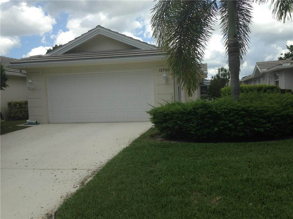 1279 Nw Bentley Circle, Port Saint Lucie, FL 34986
