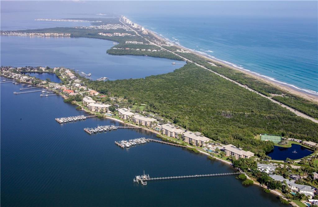 4720 Ne Sandpebble Trace, Stuart, FL 34996