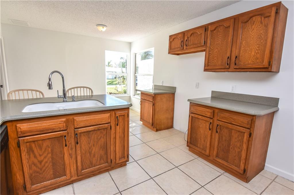 3526 Sw Rivera Street, Port Saint Lucie, FL 34953
