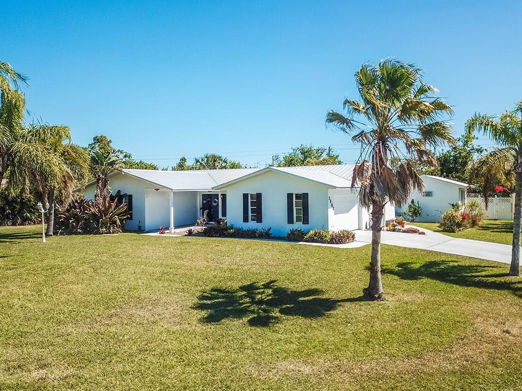 2803 Ne Yorkshire Lane, Jensen Beach, FL 34957