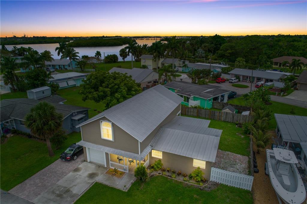 35 Sw Cabana Point Circle, Stuart, FL 34994