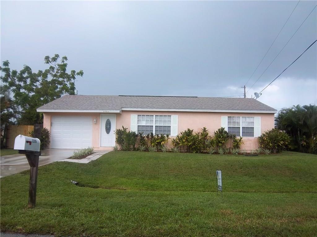 2289 Se Friendship Street, Port Saint Lucie, FL 34952