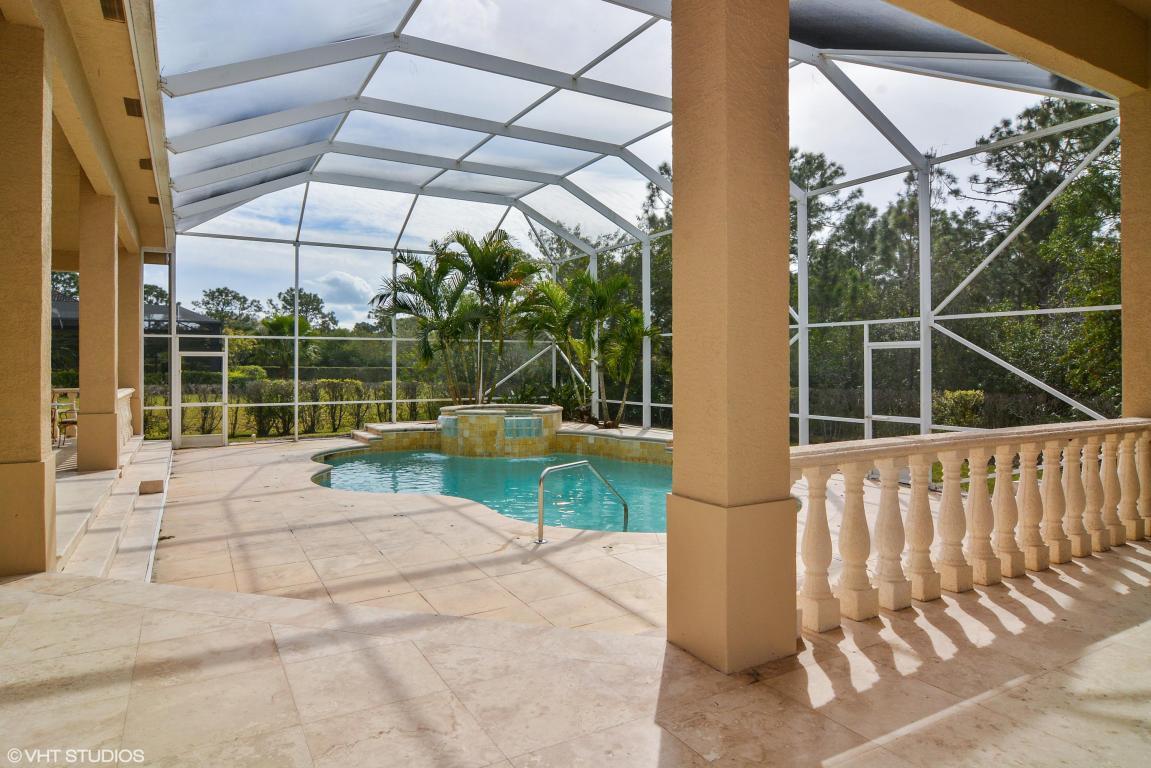 7904 Saddlebrook Drive, Port Saint Lucie, FL 34986