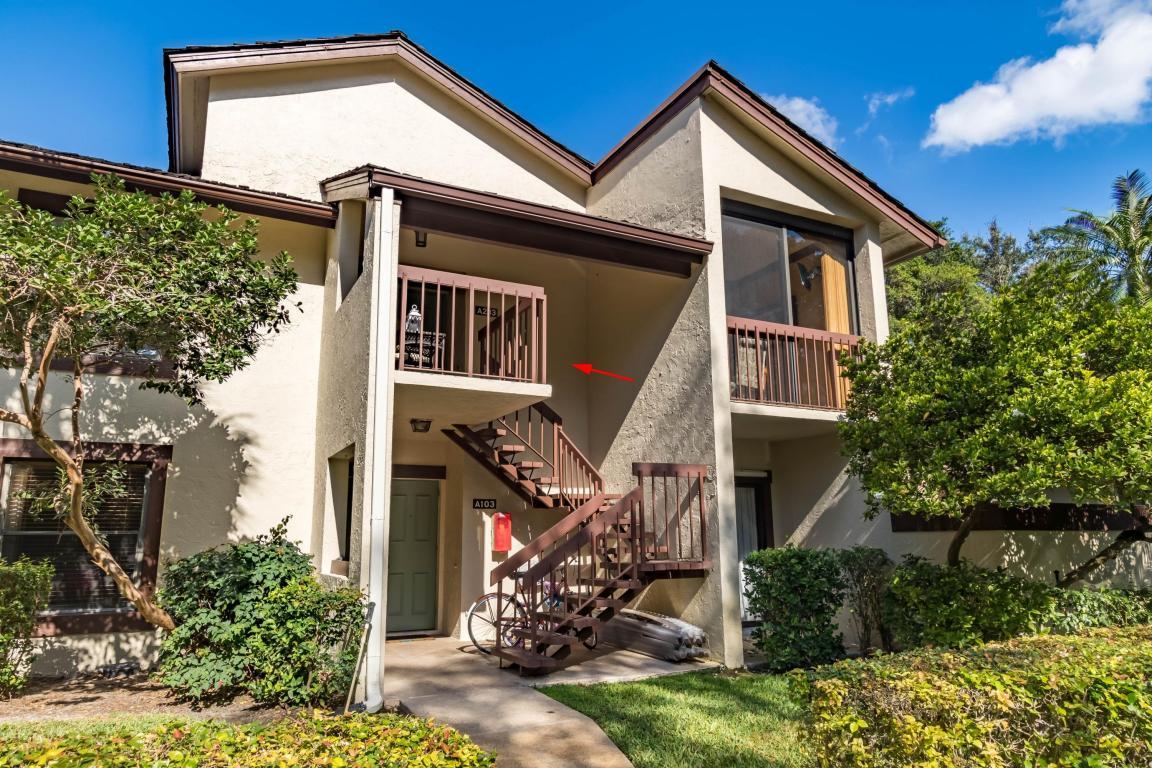 11223 Pond View Drive, Wellington, FL 33414