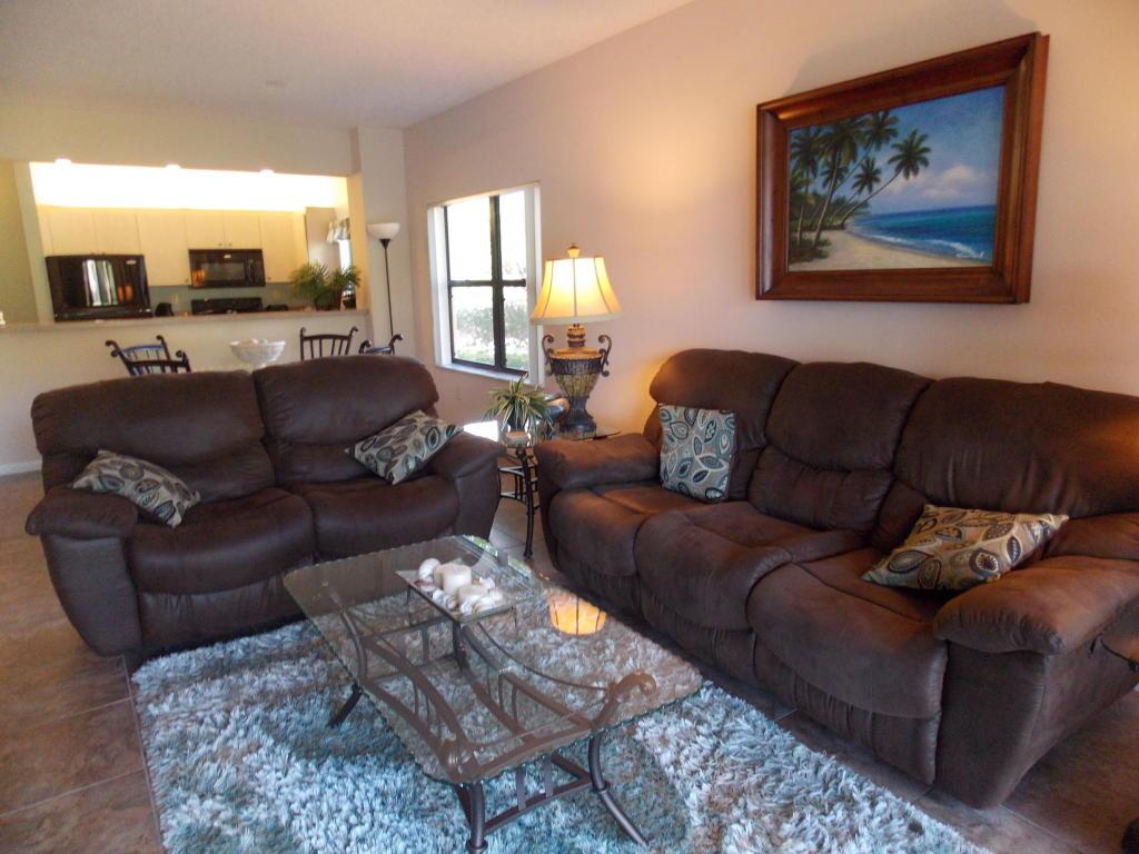 300 Uno Lago Drive, Juno Beach, FL 33408