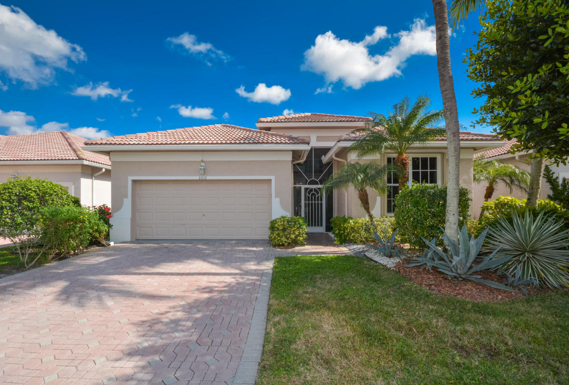 8818 Creston Lane, Boynton Beach, FL 33472