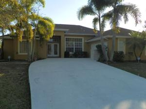 4932 Nw Ever Road, Port Saint Lucie, FL 34983