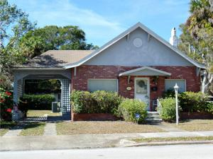 713 S 10th Street, Fort Pierce, FL 34950