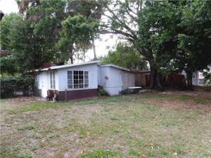 713 S 10th Street, Fort Pierce, FL 34950