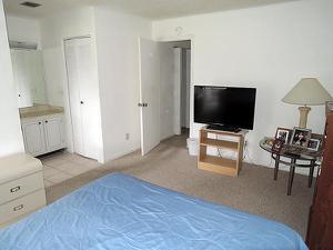 1227 S Lakes End Drive, Fort Pierce, FL 34982