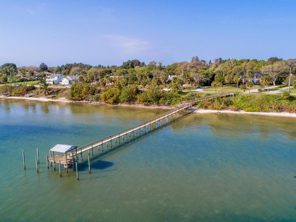 2021 S Indian River Drive, Fort Pierce, FL 34950