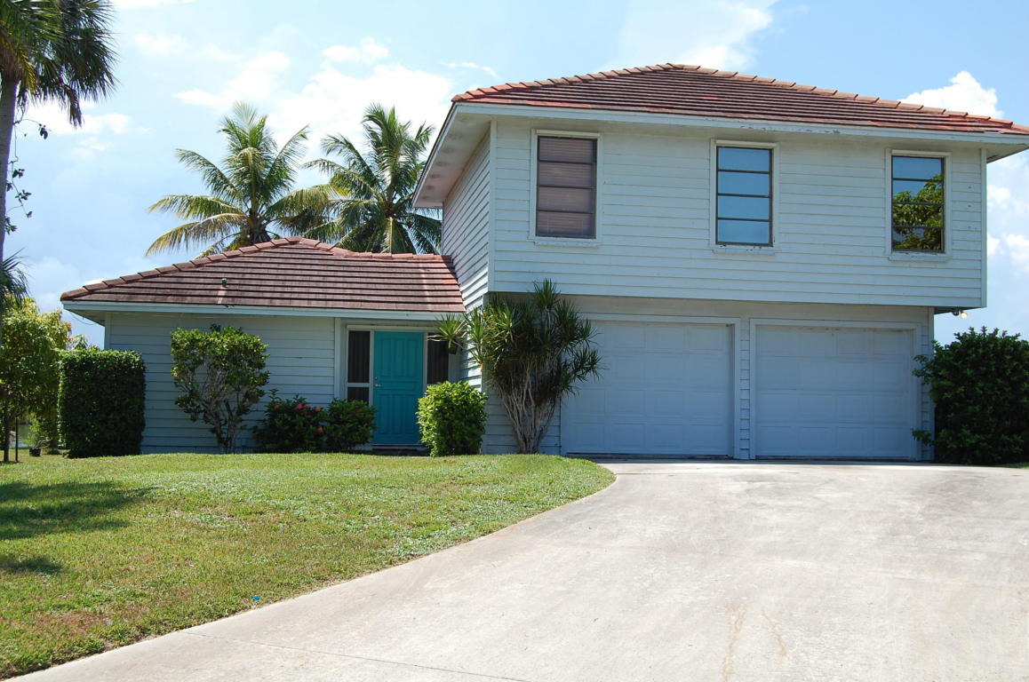 902 Jackson Way, Fort Pierce, FL 34949