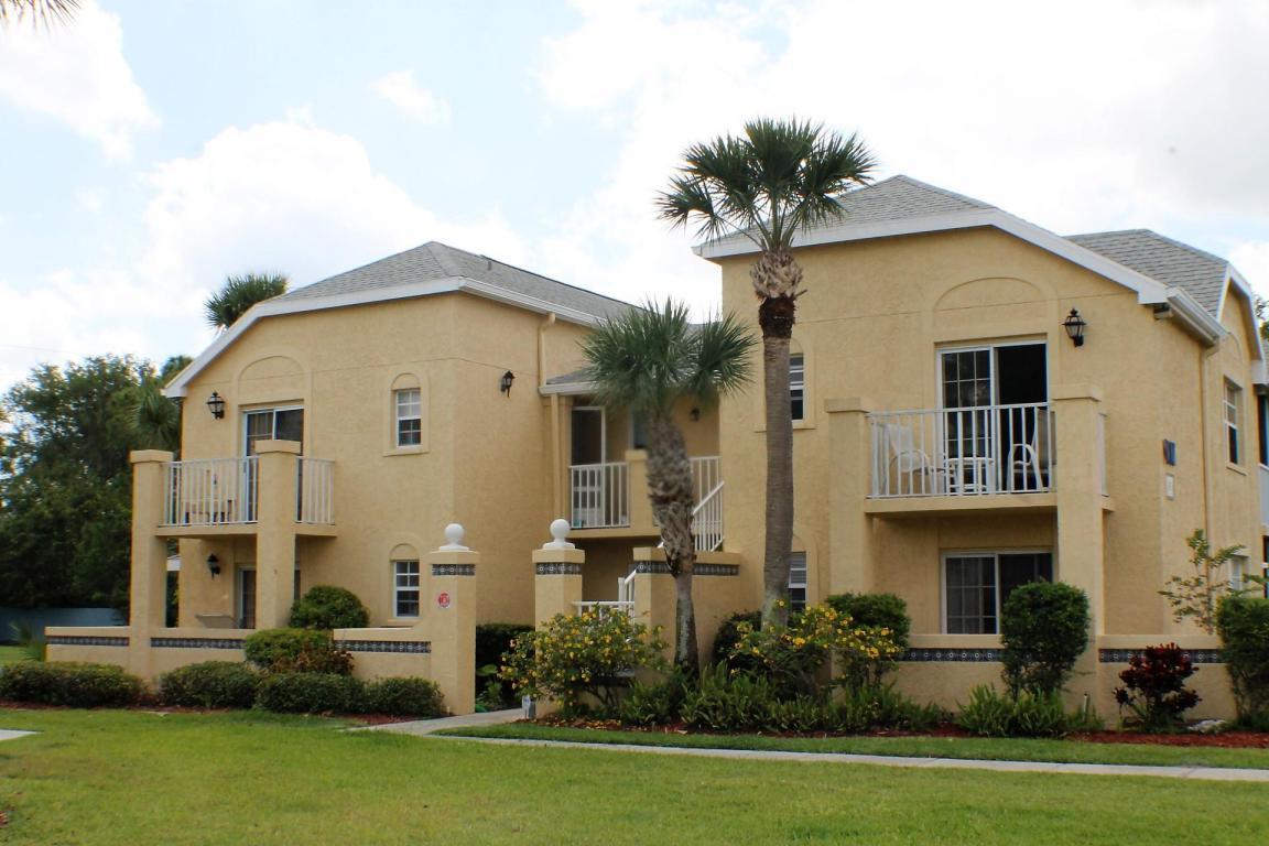 1673 Se Green Acres Circle, Port Saint Lucie, FL 34952