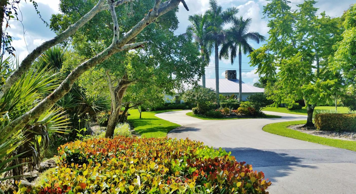 825 Whippoorwill Isle(s) N, West Palm Beach, FL 33411