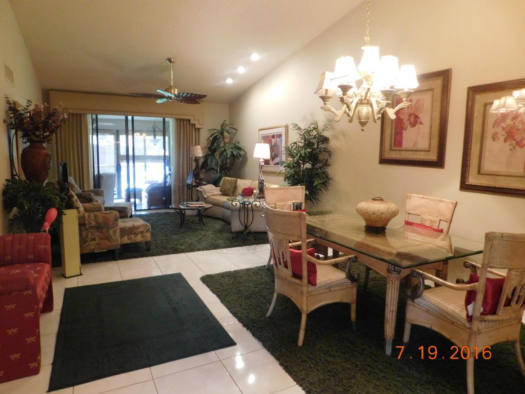 7665 Glendevon Lane, Delray Beach, FL 33446