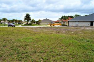 267 Sw Vista Lake Drive, Port Saint Lucie, FL 34953