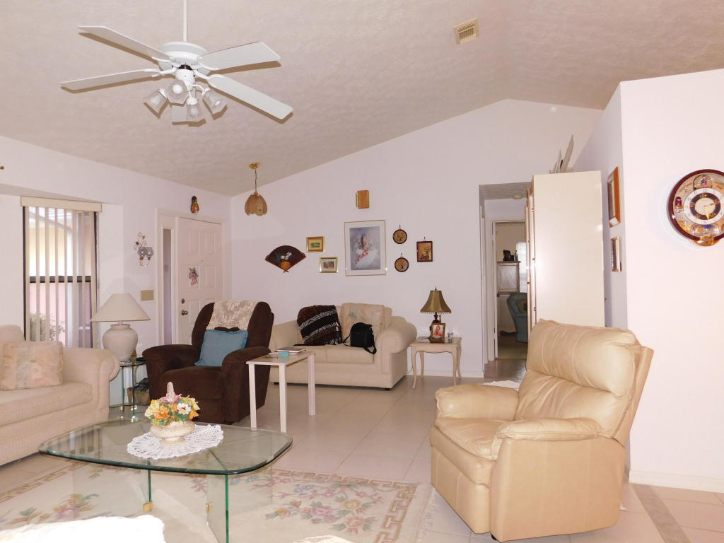 215 Se Voltair Terrace, Port Saint Lucie, FL 34983