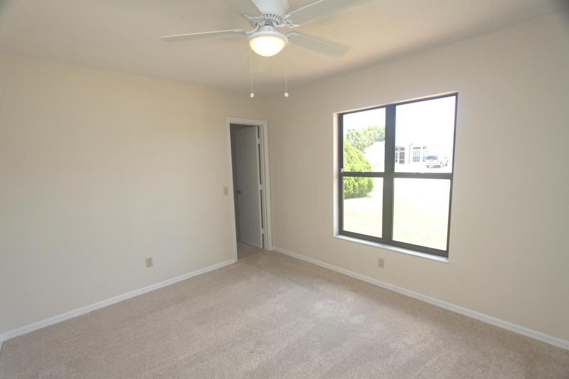 379 Se Husted Terrace, Port Saint Lucie, FL 34983