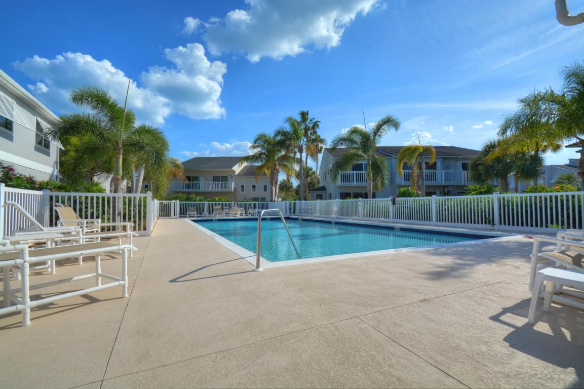 2436 Harbour Cove Drive, Fort Pierce, FL 34949