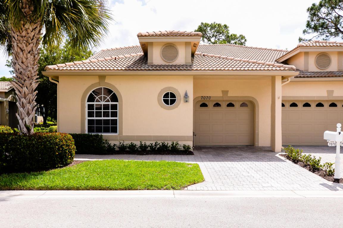 7070 Torrey Pines Circle, Port Saint Lucie, FL 34986