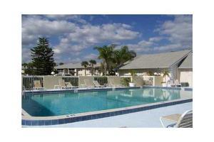 1532 Se Royal Green Circle, Port Saint Lucie, FL 34952