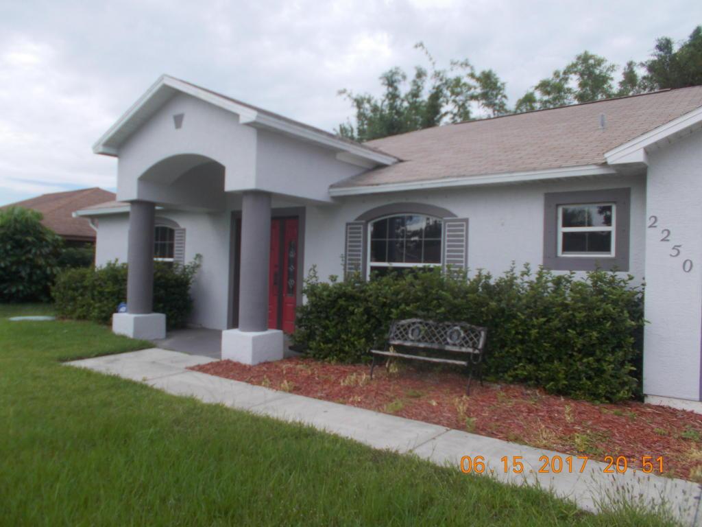 2250 Se Gaslight Street, Port Saint Lucie, FL 34952