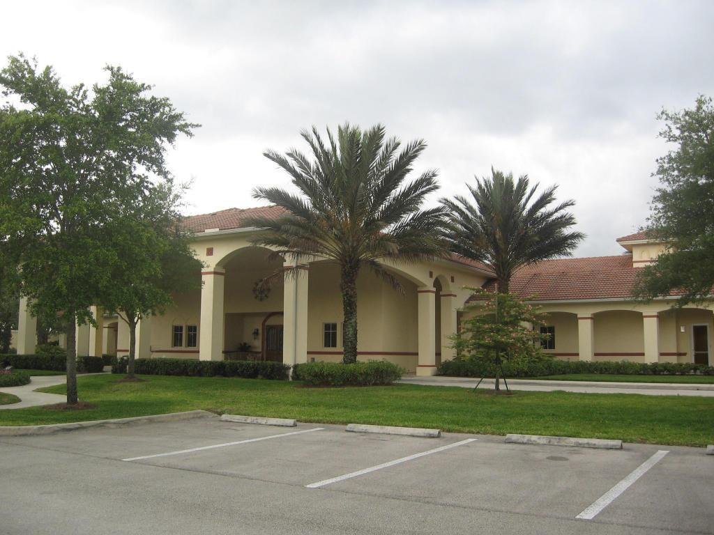 9276 Short Chip Circle, Port Saint Lucie, FL 34986