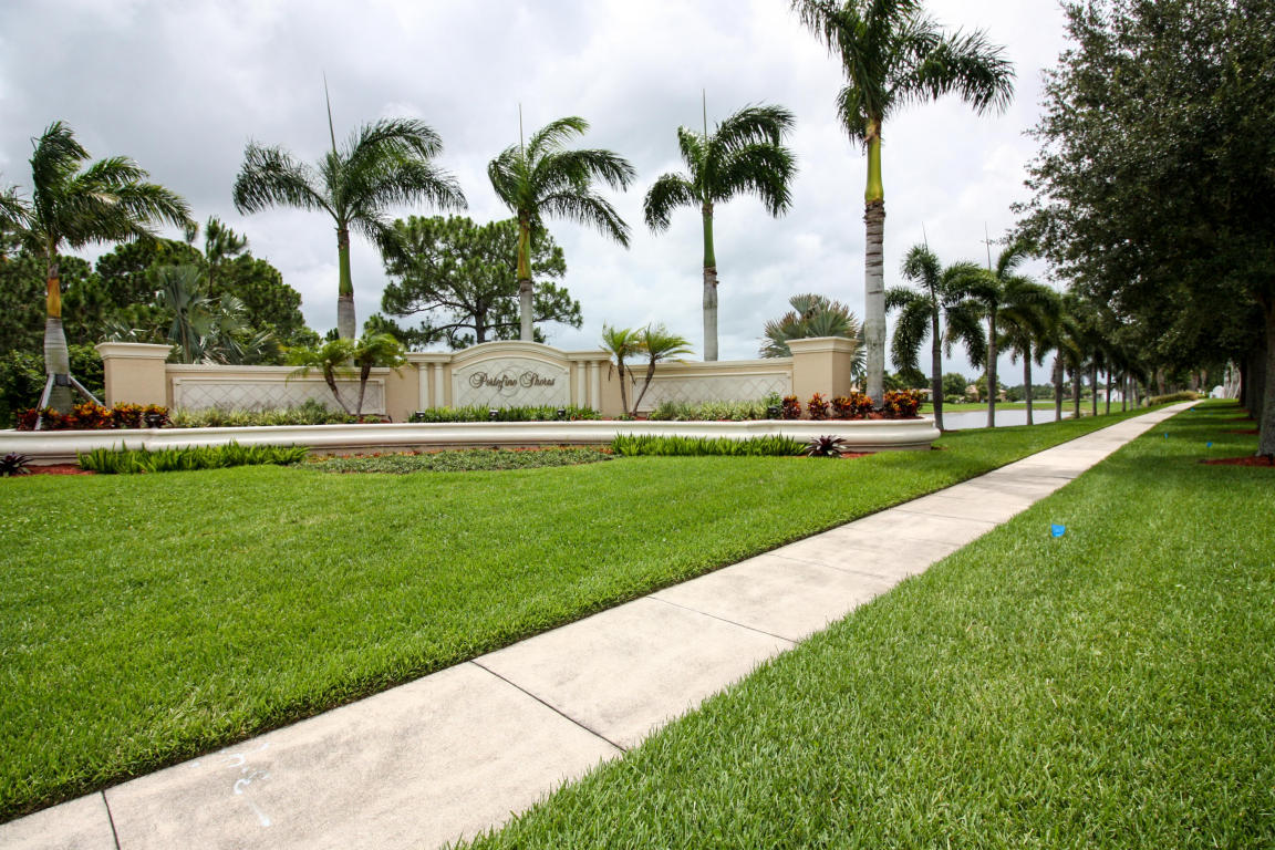 6203 Arlington Way, Fort Pierce, FL 34951