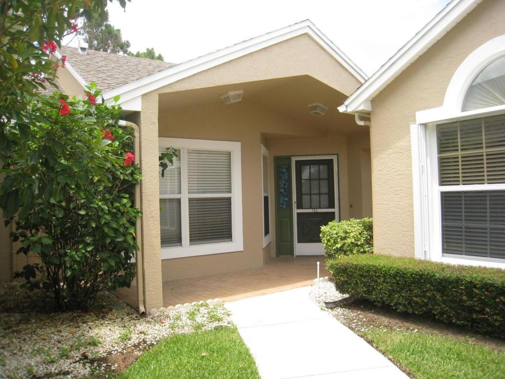 702 Nw San Remo Circle, Port Saint Lucie, FL 34986