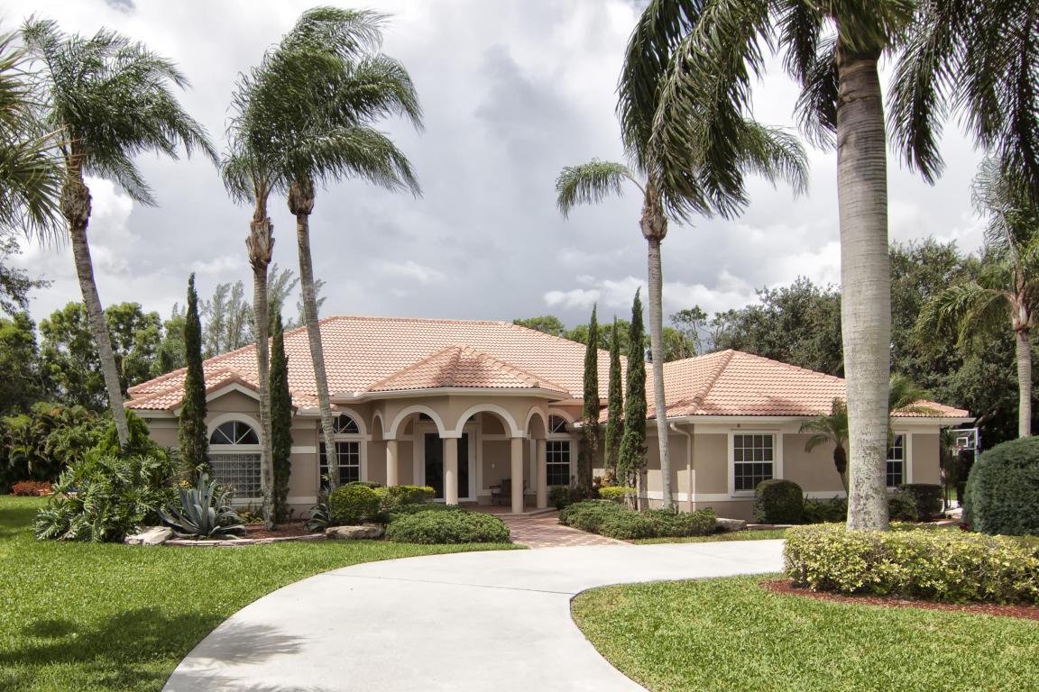 8790 Wendy Lane S, West Palm Beach, FL 33411