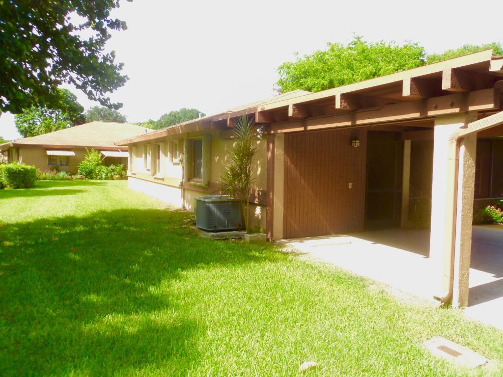 6860 Moonlit Drive, Delray Beach, FL 33446