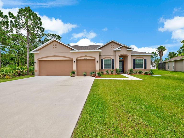 5943 Nw Cowry Street, Port Saint Lucie, FL 34986