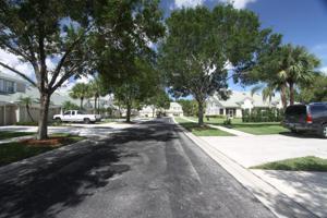 1664 Sw Harbour Isles Circle, Port Saint Lucie, FL 34986