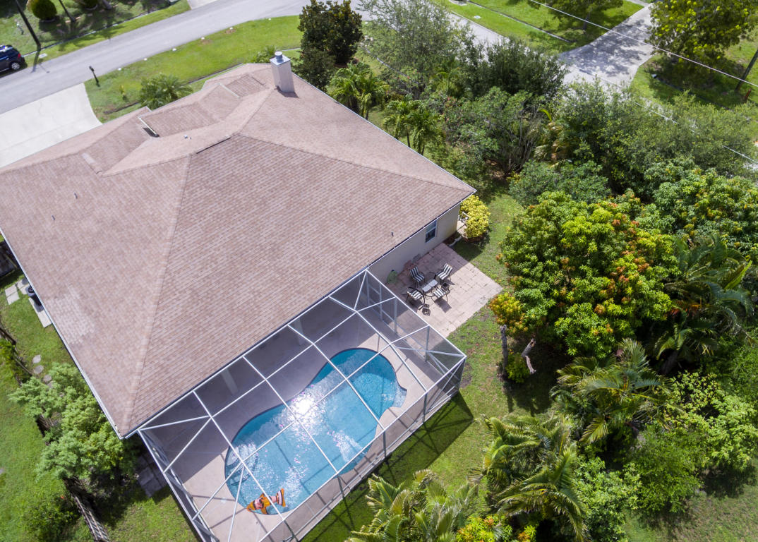 1657 Se Fallon Drive, Port Saint Lucie, FL 34983