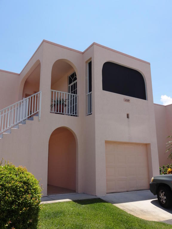 2131 Se Wild Meadow Circle, Port Saint Lucie, FL 34952