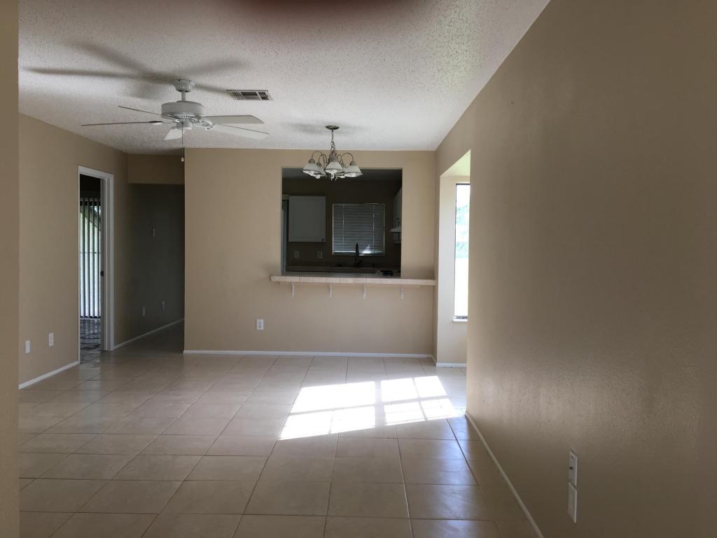 629 Sw Jeanne Street, Port Saint Lucie, FL 34953