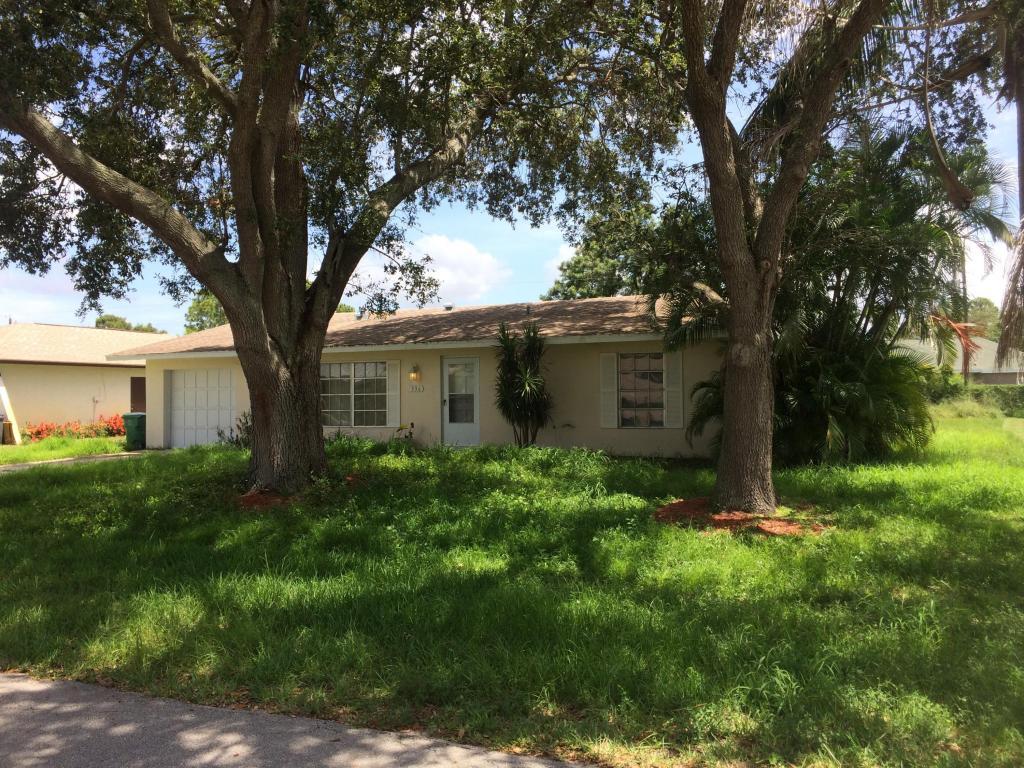 336 Se Yardley Terrace, Port Saint Lucie, FL 34983