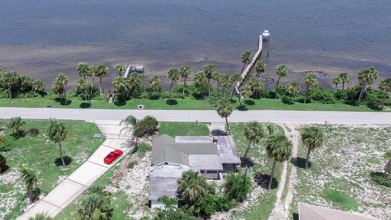 5203 S Indian River Drive, Fort Pierce, FL 34982