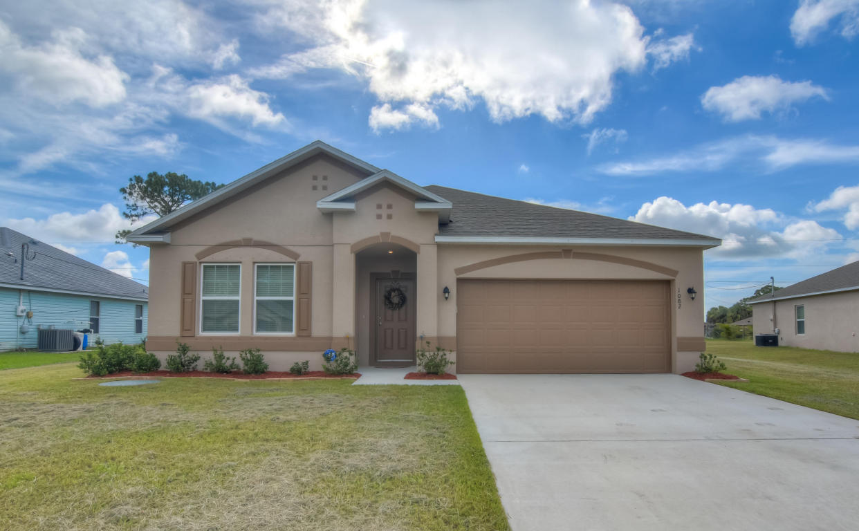 1082 Sw Bay State Road, Port Saint Lucie, FL 34953