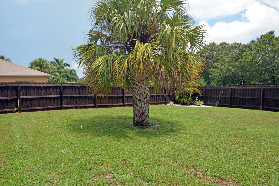 2662 Sw Acco Road, Port Saint Lucie, FL 34953