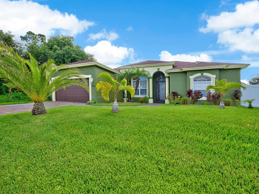 1841 Sw Davis Street, Port Saint Lucie, FL 34953