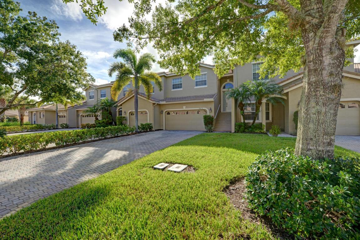 7013 Torrey Pines Circle, Port Saint Lucie, FL 34986