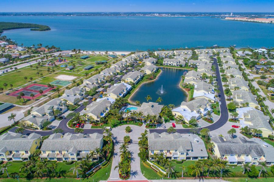 2202 Mariner Bay Boulevard, Fort Pierce, FL 34949
