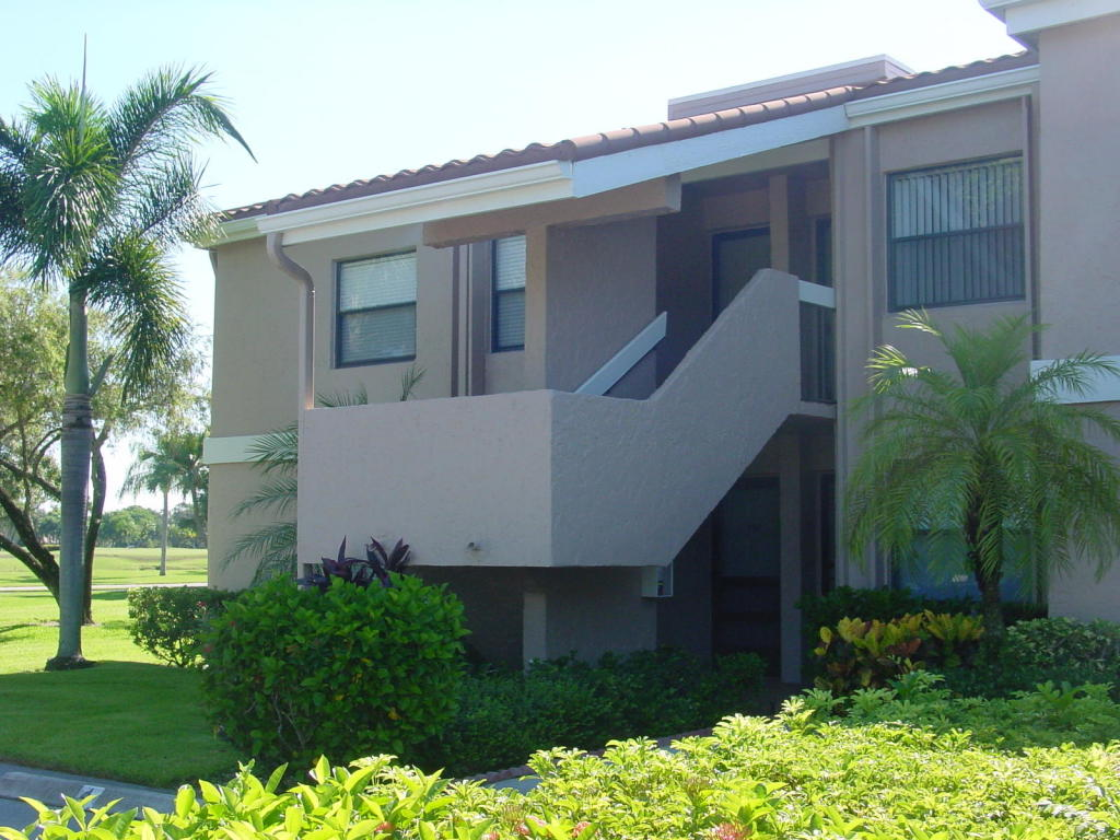 12962 Briarlake Drive, West Palm Beach, FL 33418