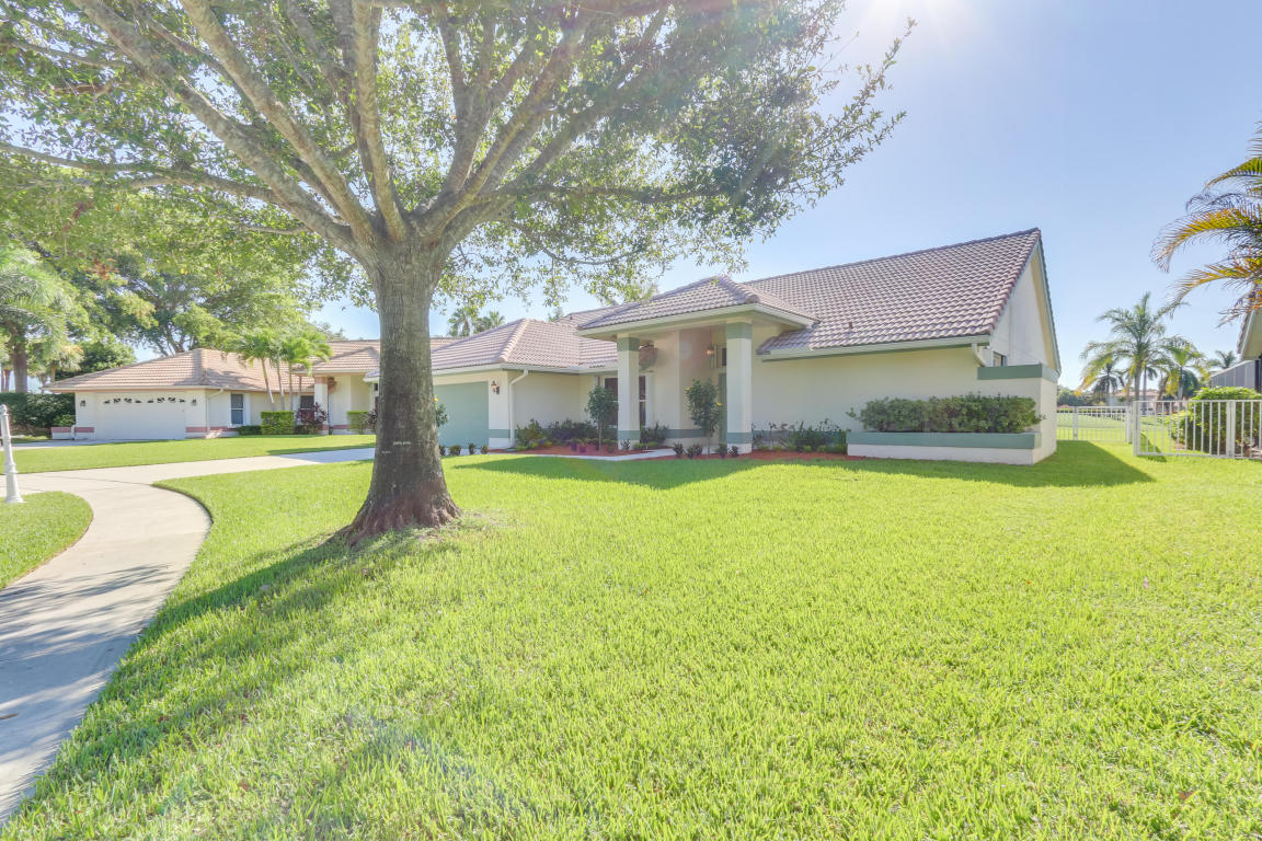 6834 Wedgewood Village Court, Lake Worth, FL 33463