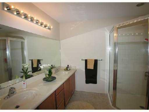 2767 S Evergreen Circle, Boynton Beach, FL 33426