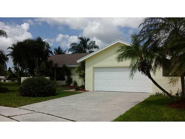 9539 Silverspring Lane, Boca Raton, FL 33434